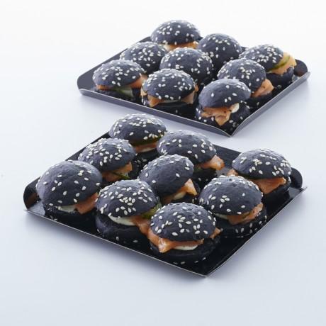 Mini-burgers noirs au saumon