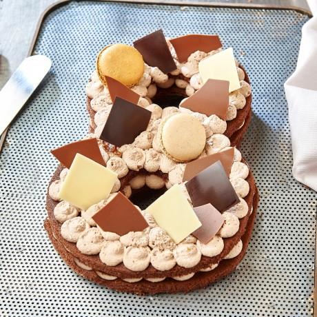 - Chiffre 8 Number cake chocolat