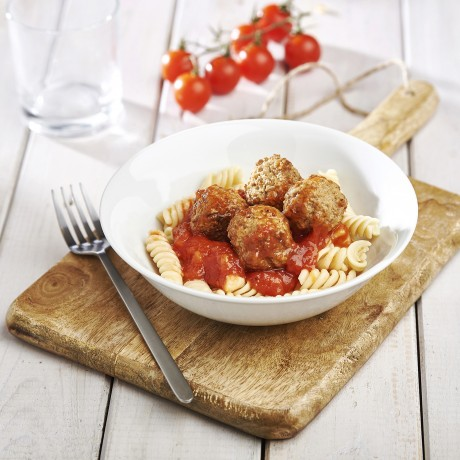 - Boulettes au boeuf à la sauce tomate et fusilli